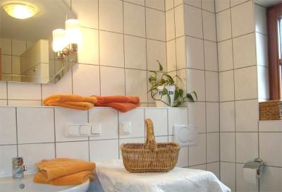Ferienapartment im Bauernhaus - Badezimmer